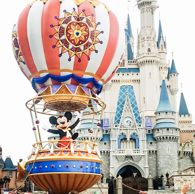 Our Child Free Orlando Experience | The Mom Blog
